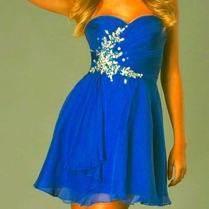 NWT Crystal   Strapless Short Dress Size 8